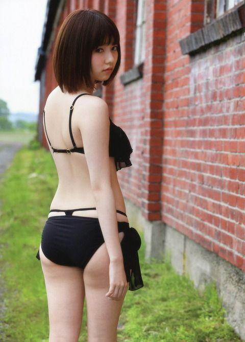 後姿も美しい島崎遥香