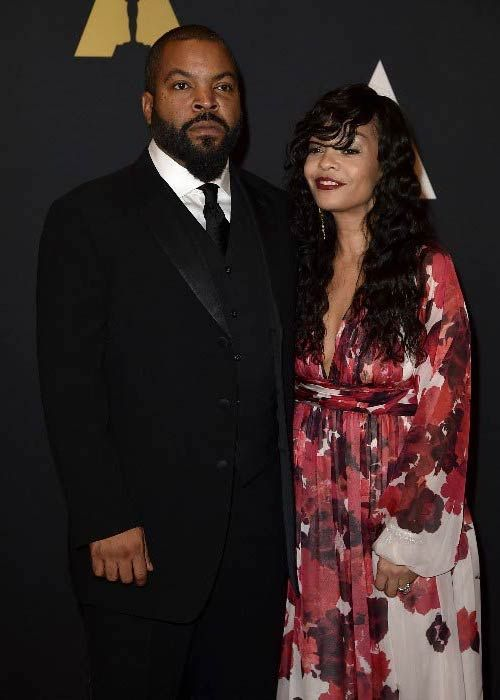 ice cube height weight body statistics singers cube ice awards. Black Bedroom Furniture Sets. Home Design Ideas