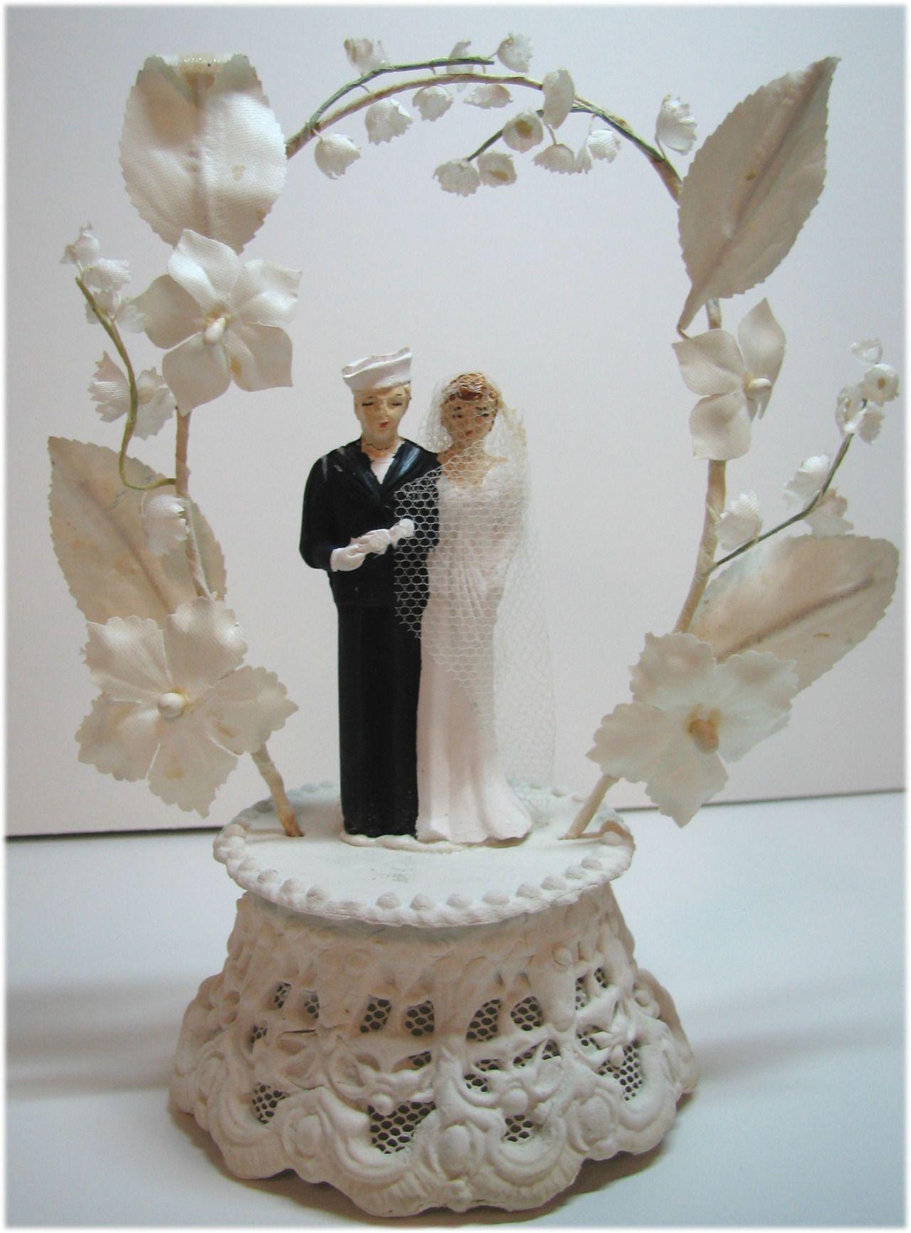 Pin by Marimerveille on Top cake u Vintage wedding cake topper
