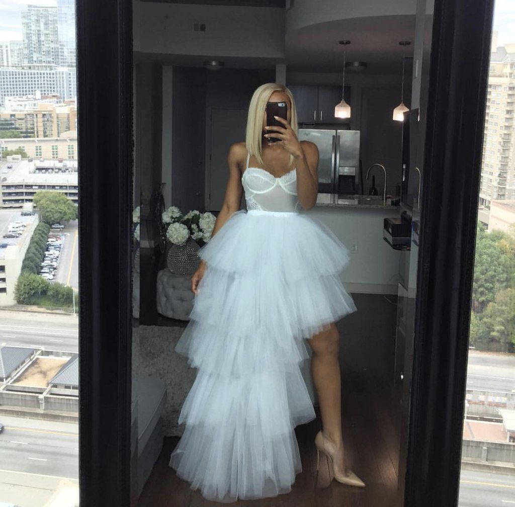 Oyemwen Tiered High Low Tulle Maxi Tutu Orchid Skirt White Tulle Skirts Outfit White Tulle Skirt Tulle Maxi Skirt [ 1008 x 1024 Pixel ]