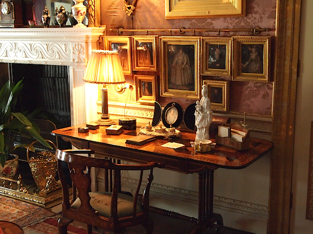 Pour le bureau decorating english english country