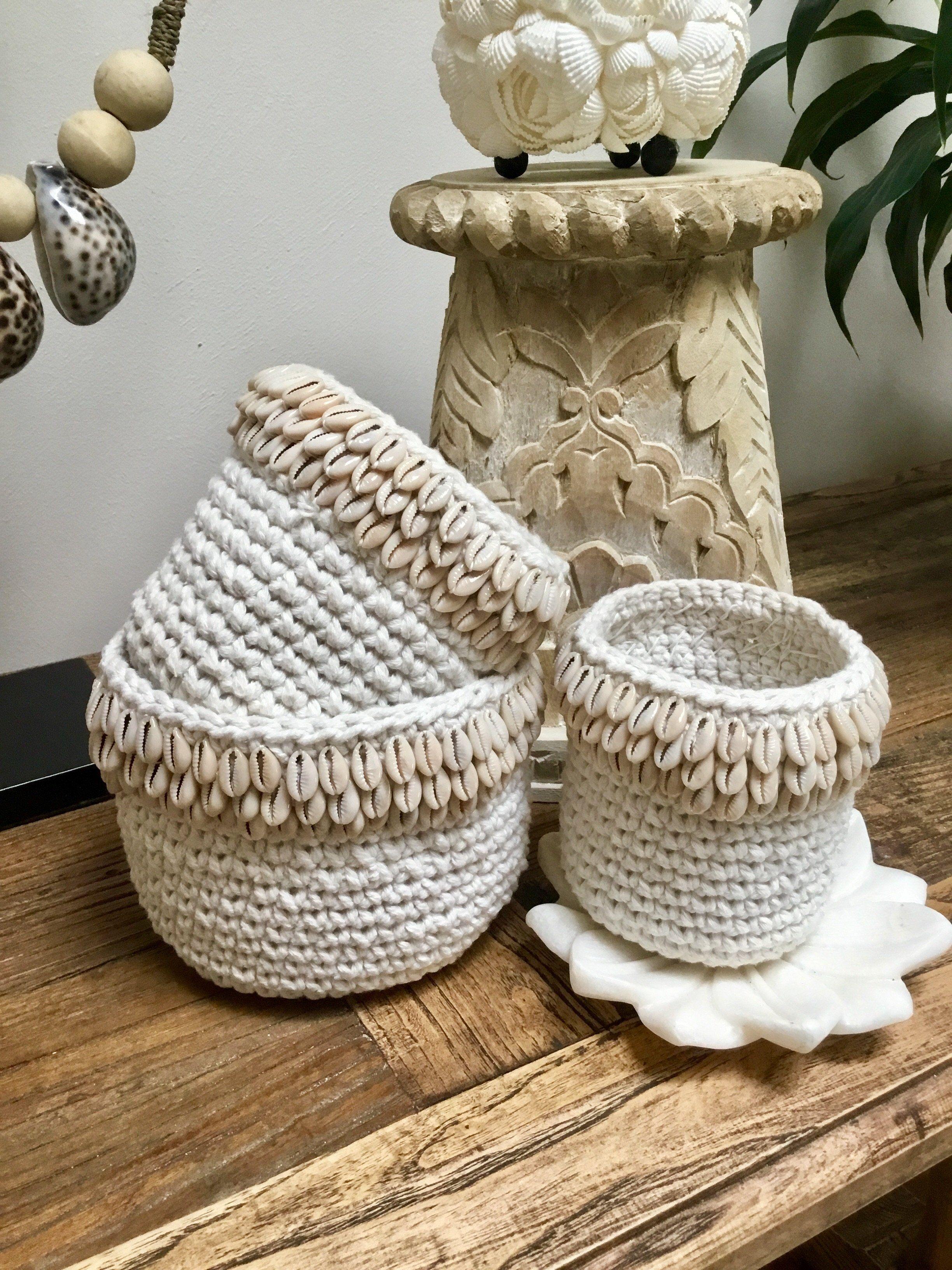 Coastal shell crochet basket set of 3 tropical