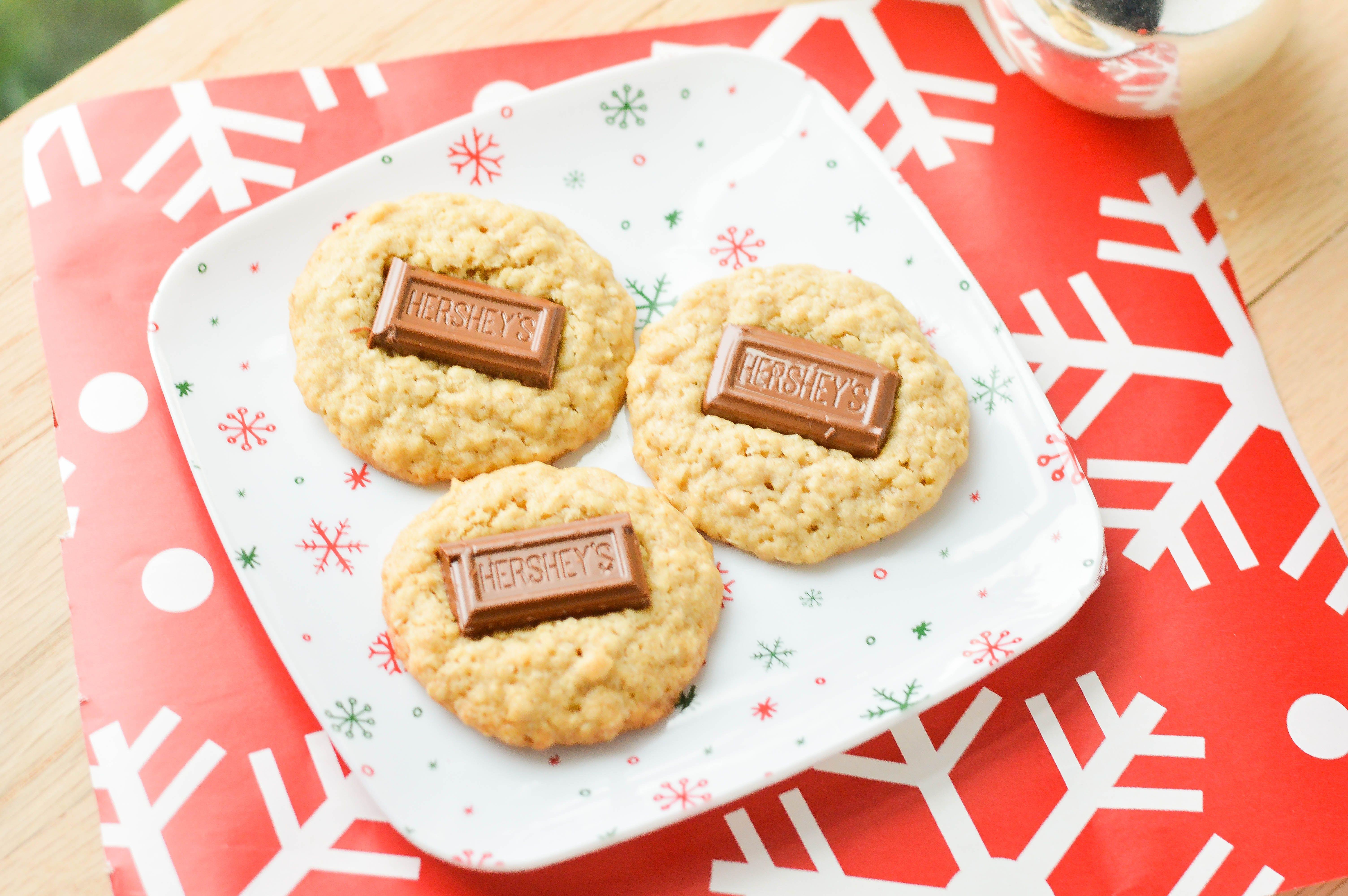 Hershey Bar Cookies {Macaroni and Cheesecake}