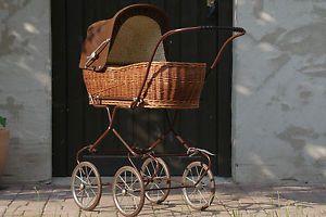 Doll-carriage-Dolls-basket-pram-Nostalgia-Retro-Vintage-80s-Years-90-cm