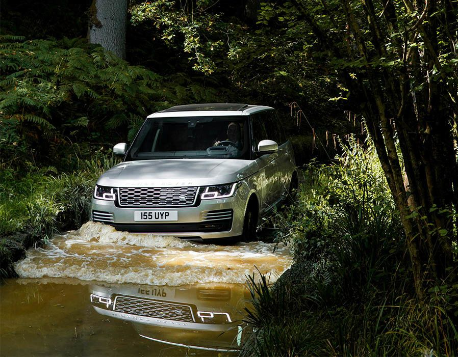 New range rover 2018 revealed in pictures range rover
