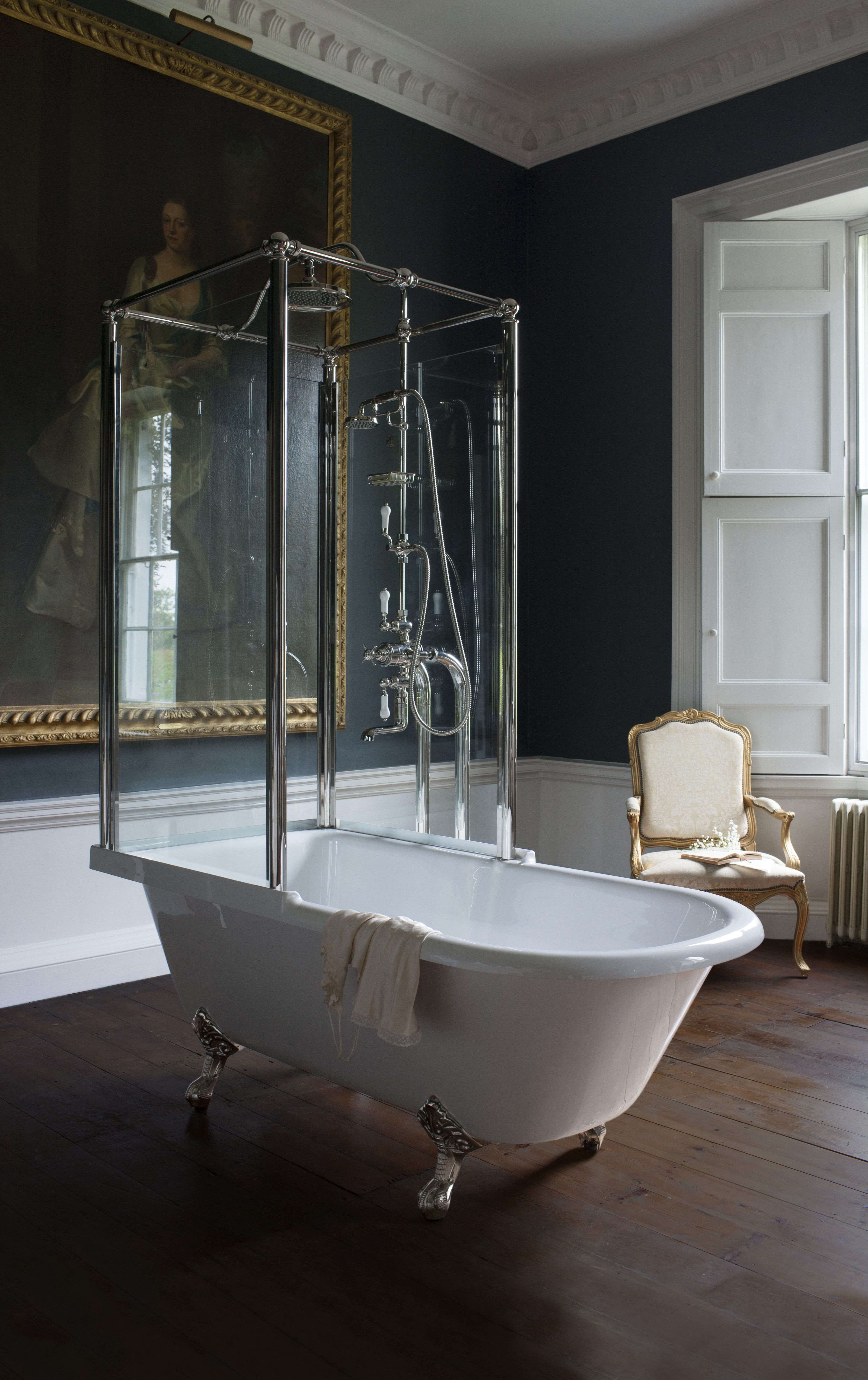 Iconic shower design Royal Freestanding over bath shower