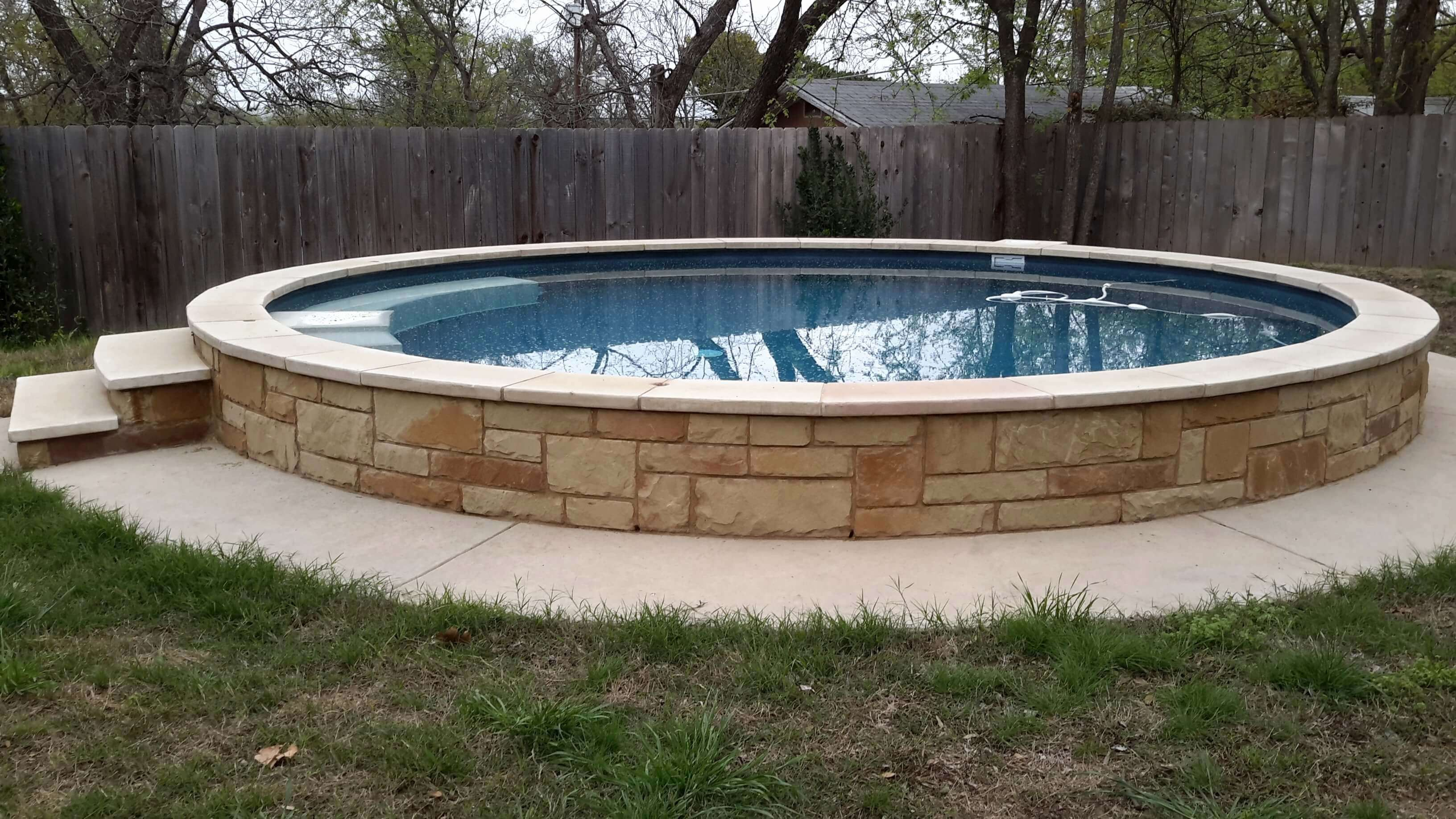 Frisch 40 Fur Whirlpool Umrandung Selber Bauen Check More At Https Www Estadoproperties Com Whirlpool Umrandung Diy Schwimmbad Vorratstank Pool Swimming Pool