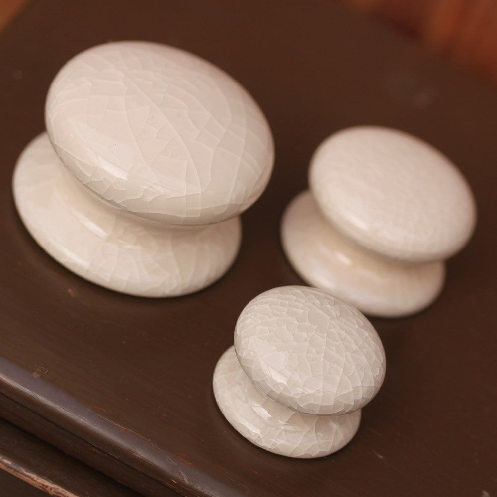 Superb Cream Crackle Glazed Ceramic Cabinet Knobs