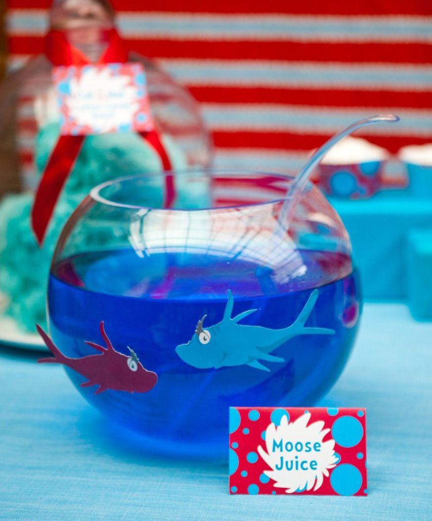 Dr Seuss Party Decorations Dr Seuss Party Drinks Idea Drseuss Party Ideas Pinterest