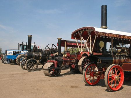 Vintage Tractors and Steam
