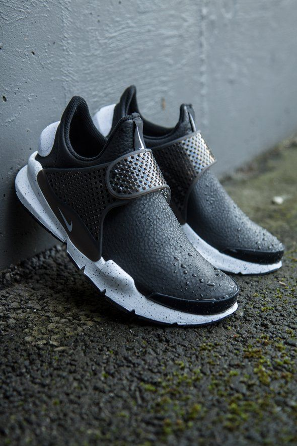 check out 805b6 15062 Nike Sportswear - Nike Sock Dart Premium Women