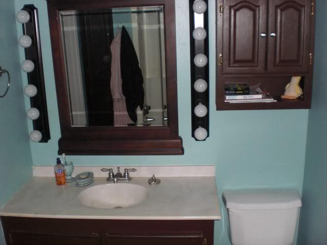 Room · Tiffany Blue And Chocolate Bathroom Decorating Ideas ...