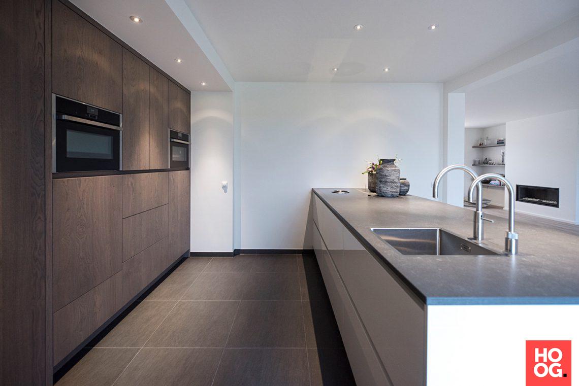 Strakk strak en modern keukenontwerp hoog □ exclusieve woon en