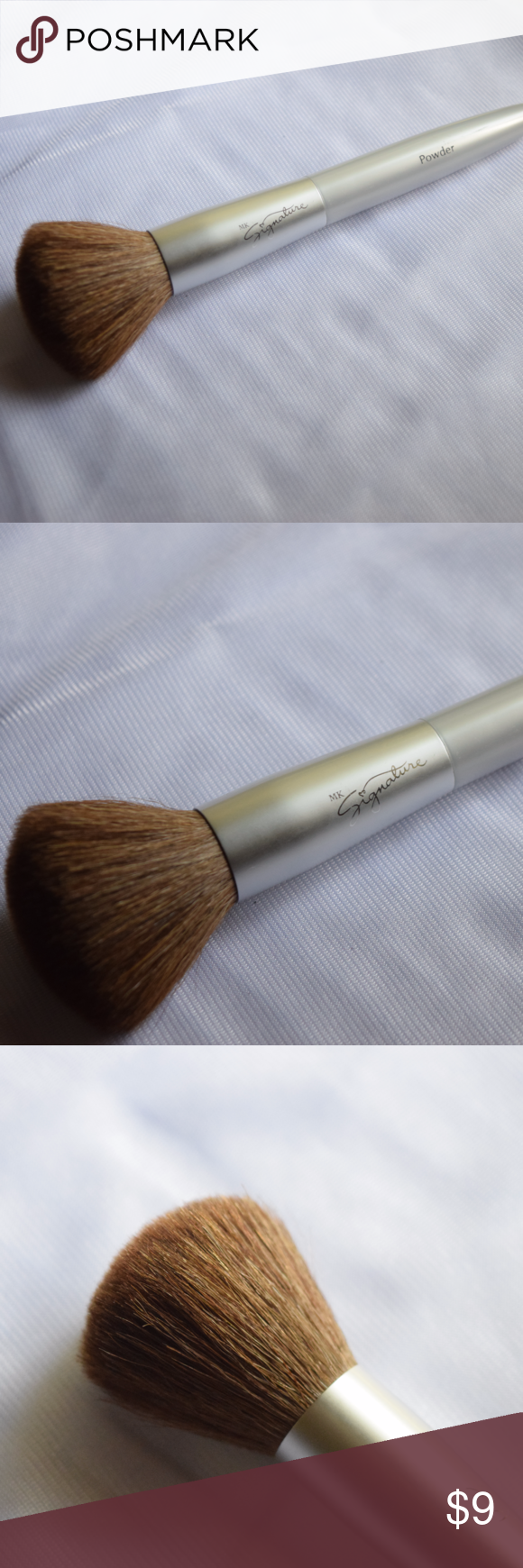 Mary Kay Powder Makeup Brush Condition: used just a few times, in great condition! Has been cleaned.  Make an offer! Everything must go!! Don't forget about my bundle discount, and comment with any questions! Mary Kay Makeup Brushes & Tools