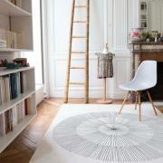 Tapis design fond beige avec motif gris Pissenlit Edito