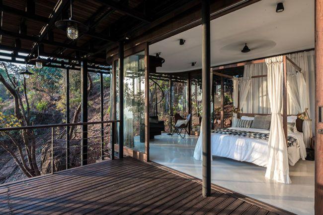 pavillon-reetdach-natürlich-schön-terrasse-schlafzimmer-glasfassade ...