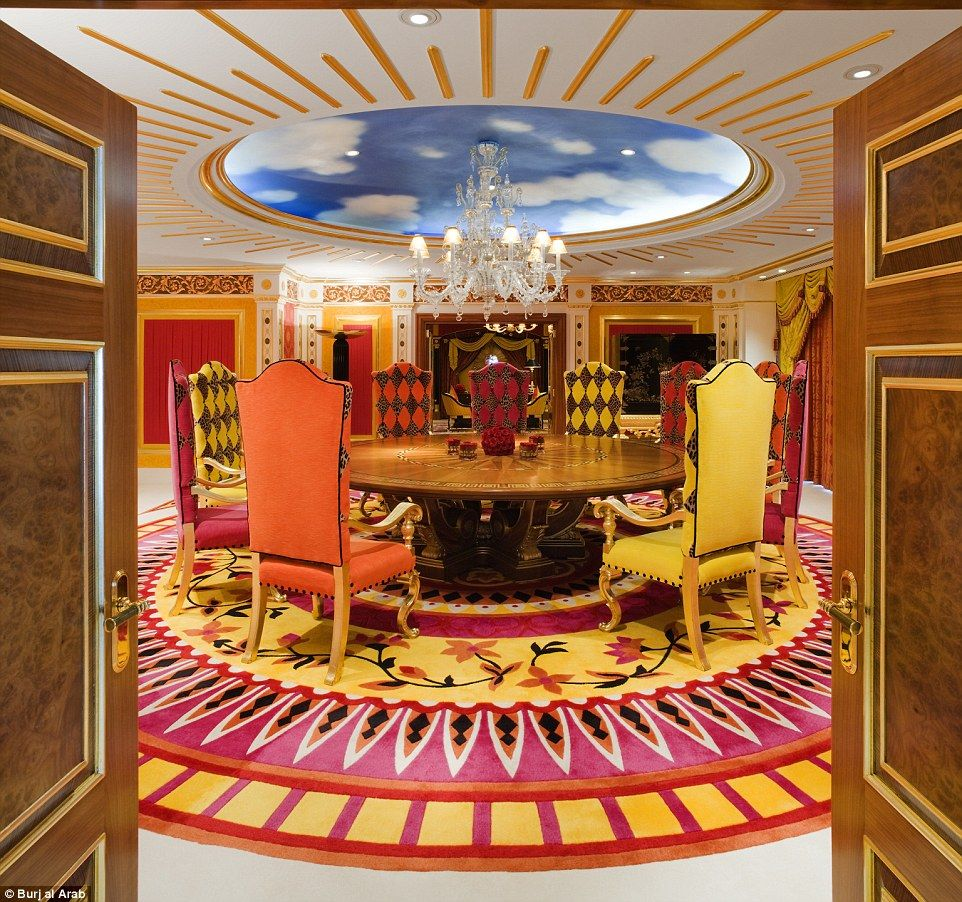Knights Of The Round Table A Spectacular Meeting Room In Royal Suite With