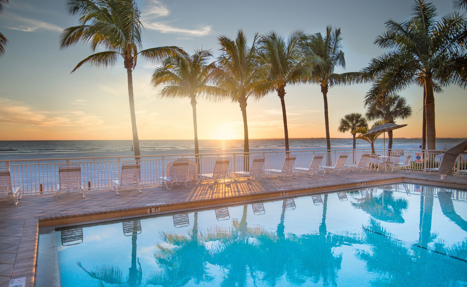Looking For Hotels Near Fort Myers Beach In Florida The Award Winning Best Western Resort Offers Great Hospitality Waterfront Views