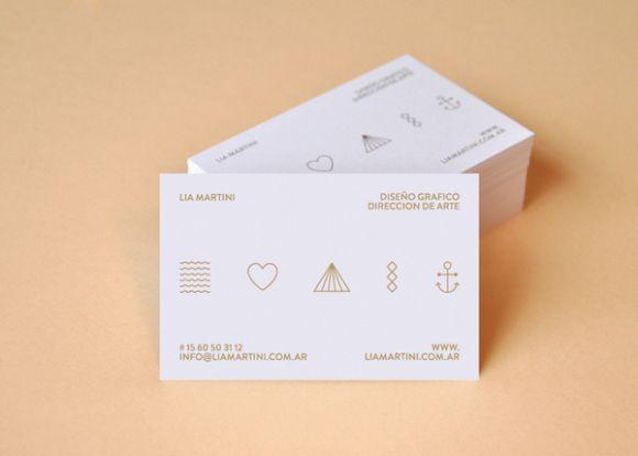 brandingidentitydesign: tessera personale Lia Martini.  Vedi tutti - 25 Clean & amp;  Minimal Business Cards