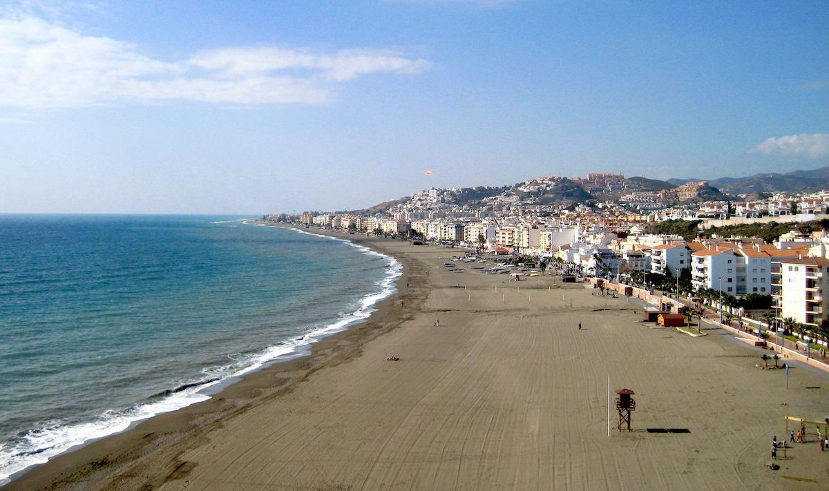 Scubre El Rincón De La Victoria En Málaga Un Lugar Muy Bonito Agradable Y Tranquilo En El Que Disfrutar De Playa Buen Comer Y S Guia De Viaje Málaga Turismo