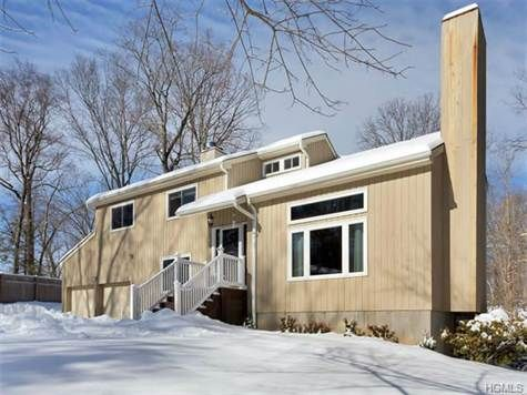 IN CONTRACT - gorgeous Cortlandt Manor contemporary home just sold...