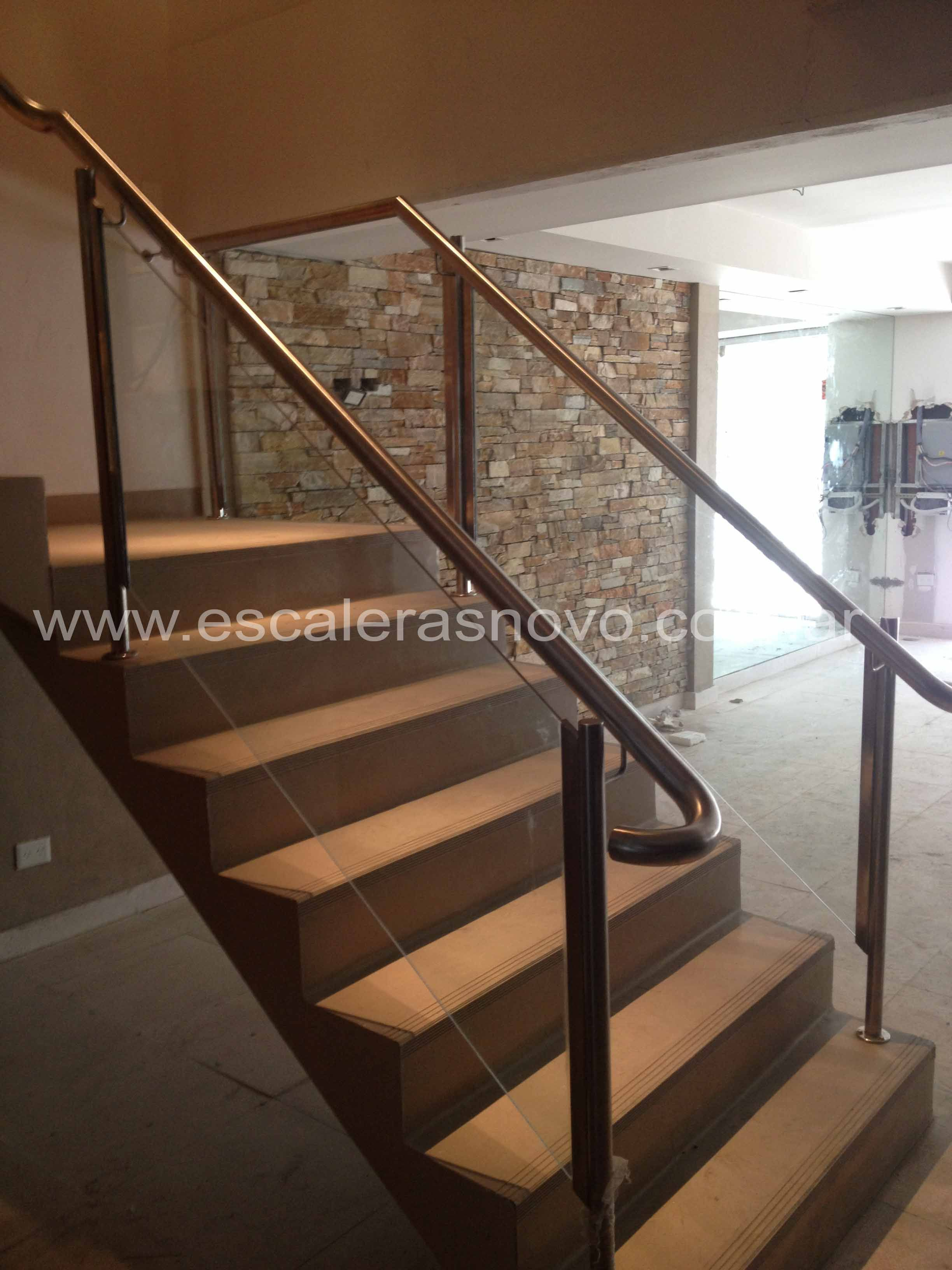 Baranda de acero y vidrio n31 venta de escaleras y - Escaleras de acero y cristal ...