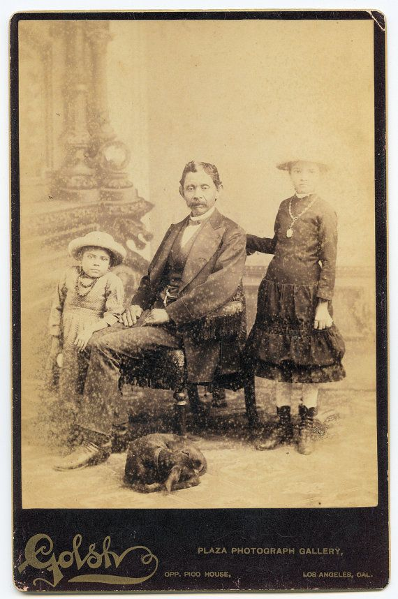 c.1890 Cabinet Card Photo of Mexican Family & Dog / With Unusual Post Mortem Advertising Ad
