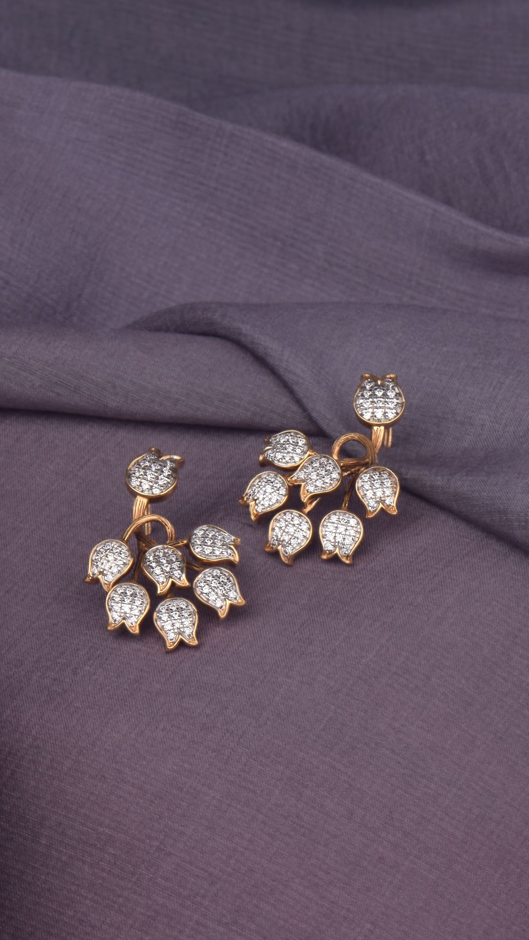 Azva modern 18k gold floral earrings with diamonds gold