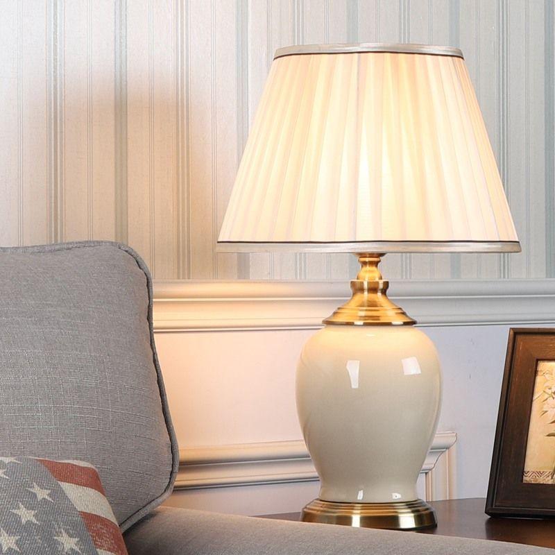 Lampe A Poser En Ceramique Fer H55cm Pour Chambre A Coucher 2 Couleurs Disponibles In 2020 Reading Lamp Bedroom Ceramic Table Lamps Table Lamp #reading #lamp #living #room