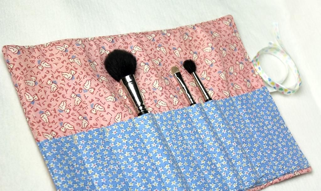 12 Adorable DIY Makeup Bag Patterns to Sew What a
