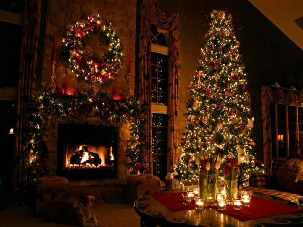 Free Beautiful Christmas Tree Wallpaper Download The Free Christmas Desktop Christmas Fireplace Beautiful Christmas Trees