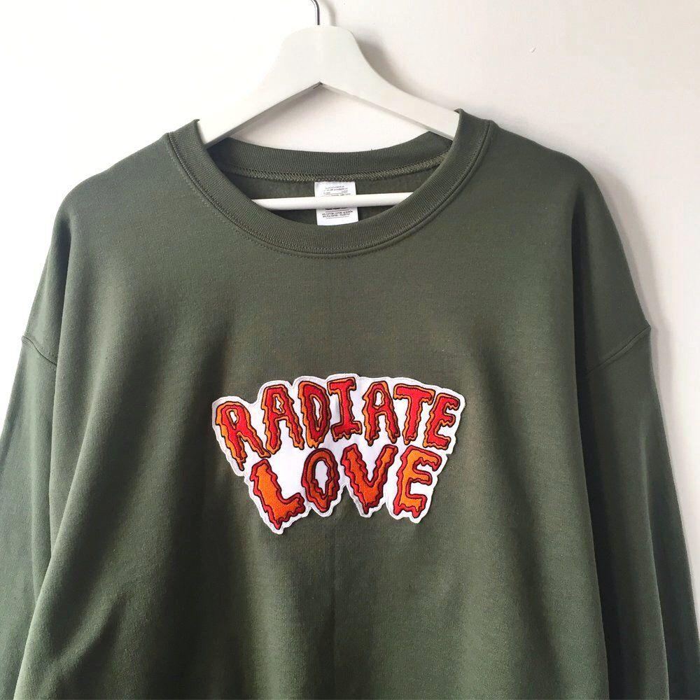 Radiate love embroidered sweatshirt khaki green