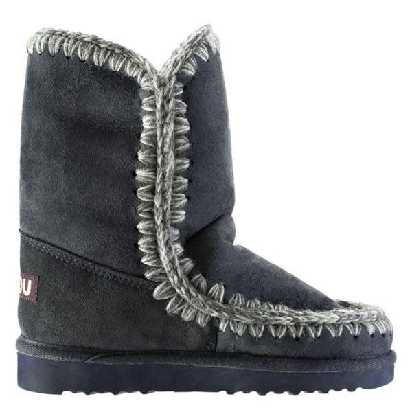 mou boots vs ugg