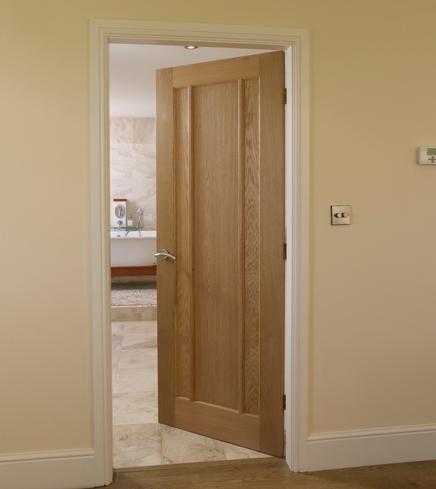 Intewrior doors langdale worcester oak 3 panel for Oak interior doors