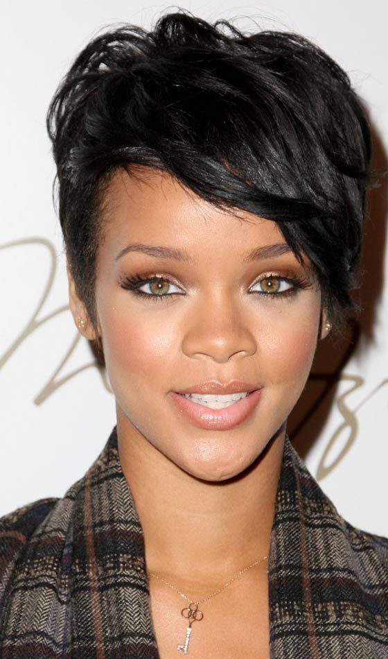 10 Trendy Rihanna\'s Short Hairstyles | Rihanna short hair ...