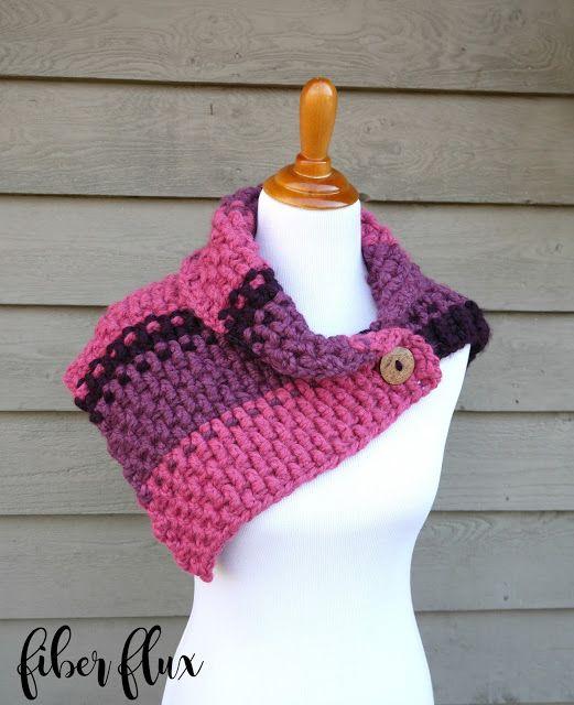Free Crochet Pattern...Lingonberry Button Cowl | Tejido, Crochet ...
