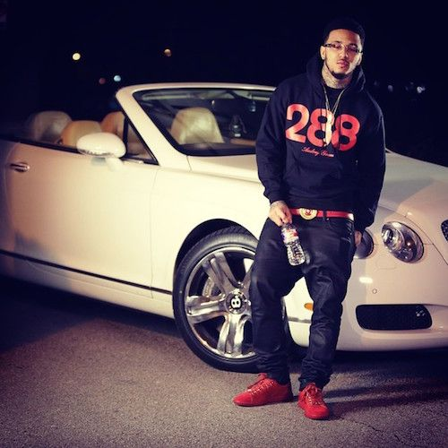 """Kirko Bangz – """"I Don't Fvck With You"""" [Freestyle]- http://getmybuzzup.com/wp-content/uploads/2015/02/417975-thumb.jpg- http://getmybuzzup.com/kirko-bangz-i-dont-fvck-with/- By thedailyloud Houston artist Kirko Bangz releases a new freestyle over Big Sean's """"I Don't Fvck With You."""" His """"Pregression 5″ mixtape is out now. Listen to the track below.  The post Kirko Bangz – """"I Don't Fuck With You"""" [Freestyle] appeared first on The Daily Lou"""
