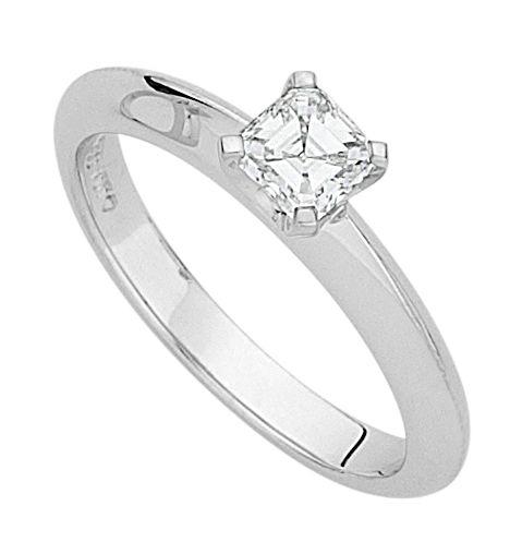 C867 Square Emerald engagement ring