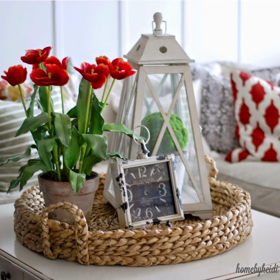 Living Room Table Centerpieces: I Need To Find Me Just The Right Wicker Tray.