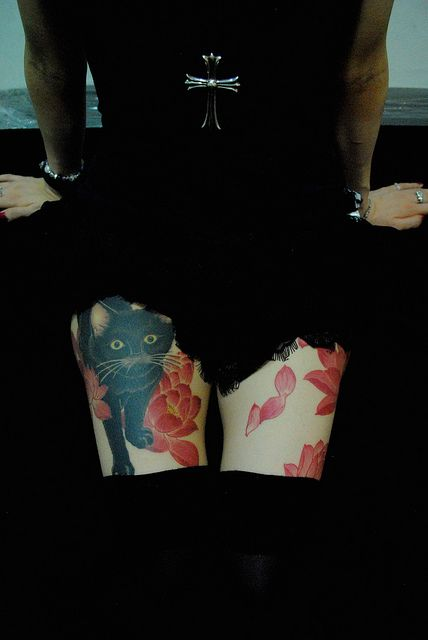 cat with kyoto lotus by gakkin tattoo