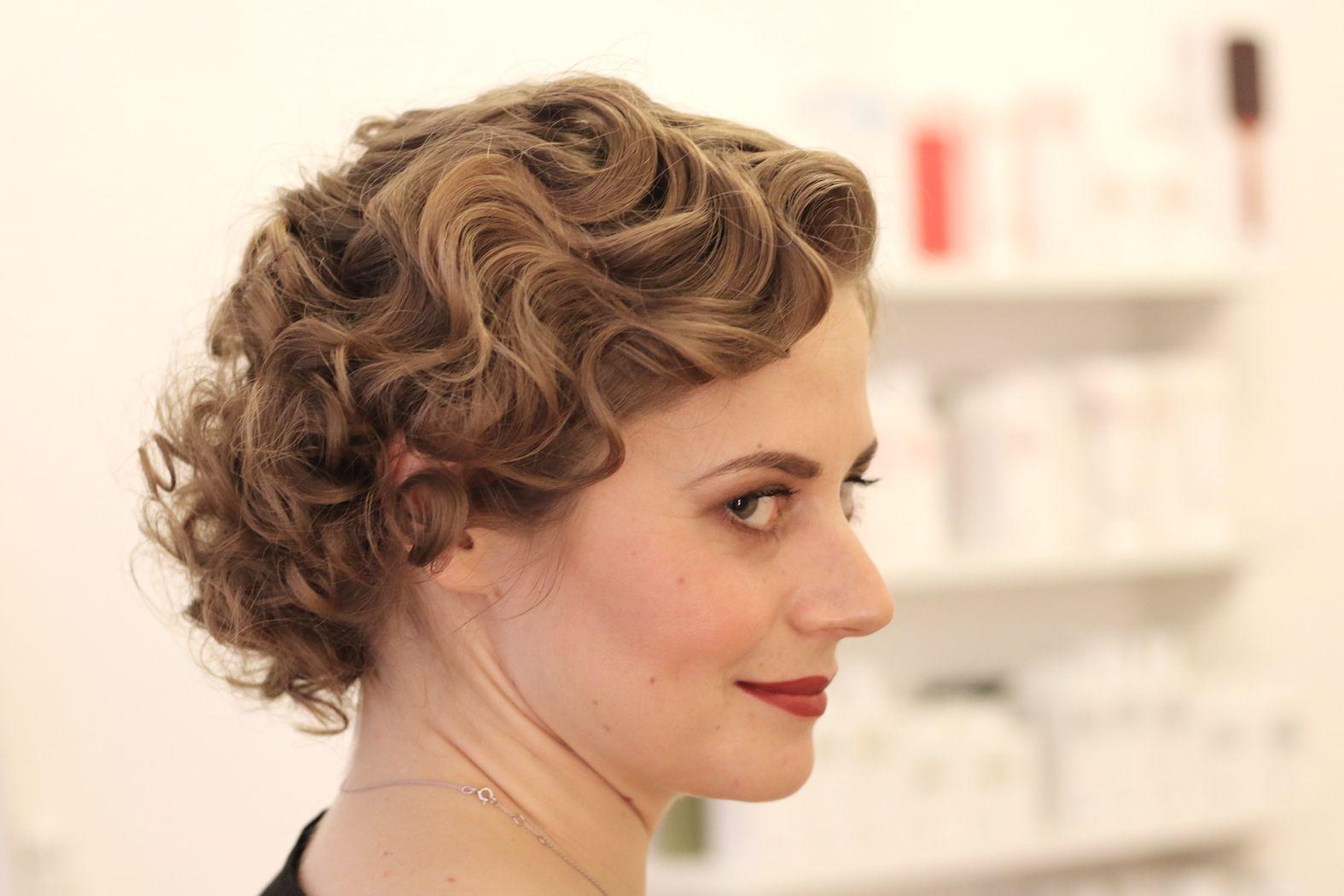 Online Hookup Tipps für Frauen in den 30er Jahren Haarschnitte