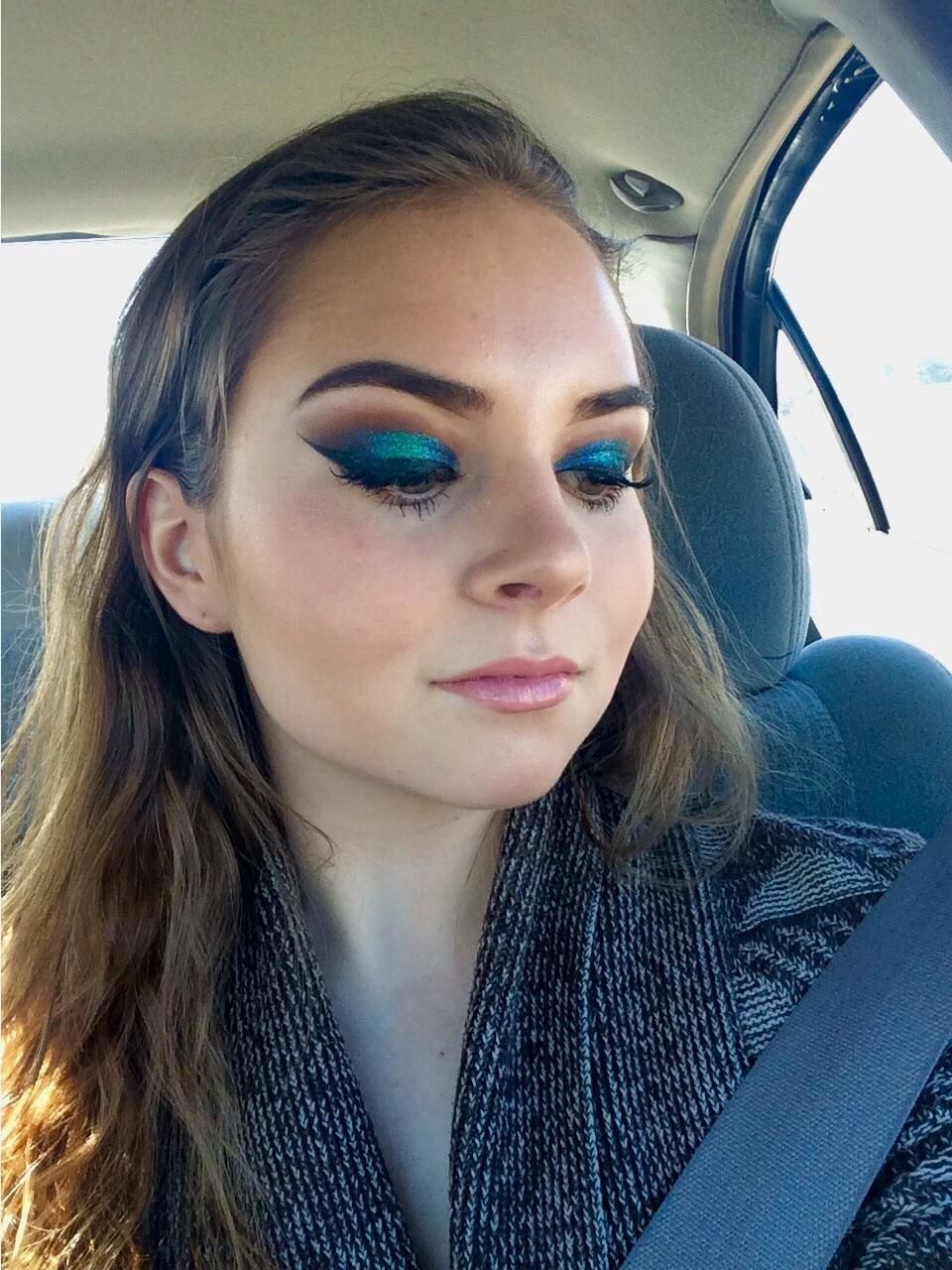 Green glitter look to celebrate the Eagles victory last