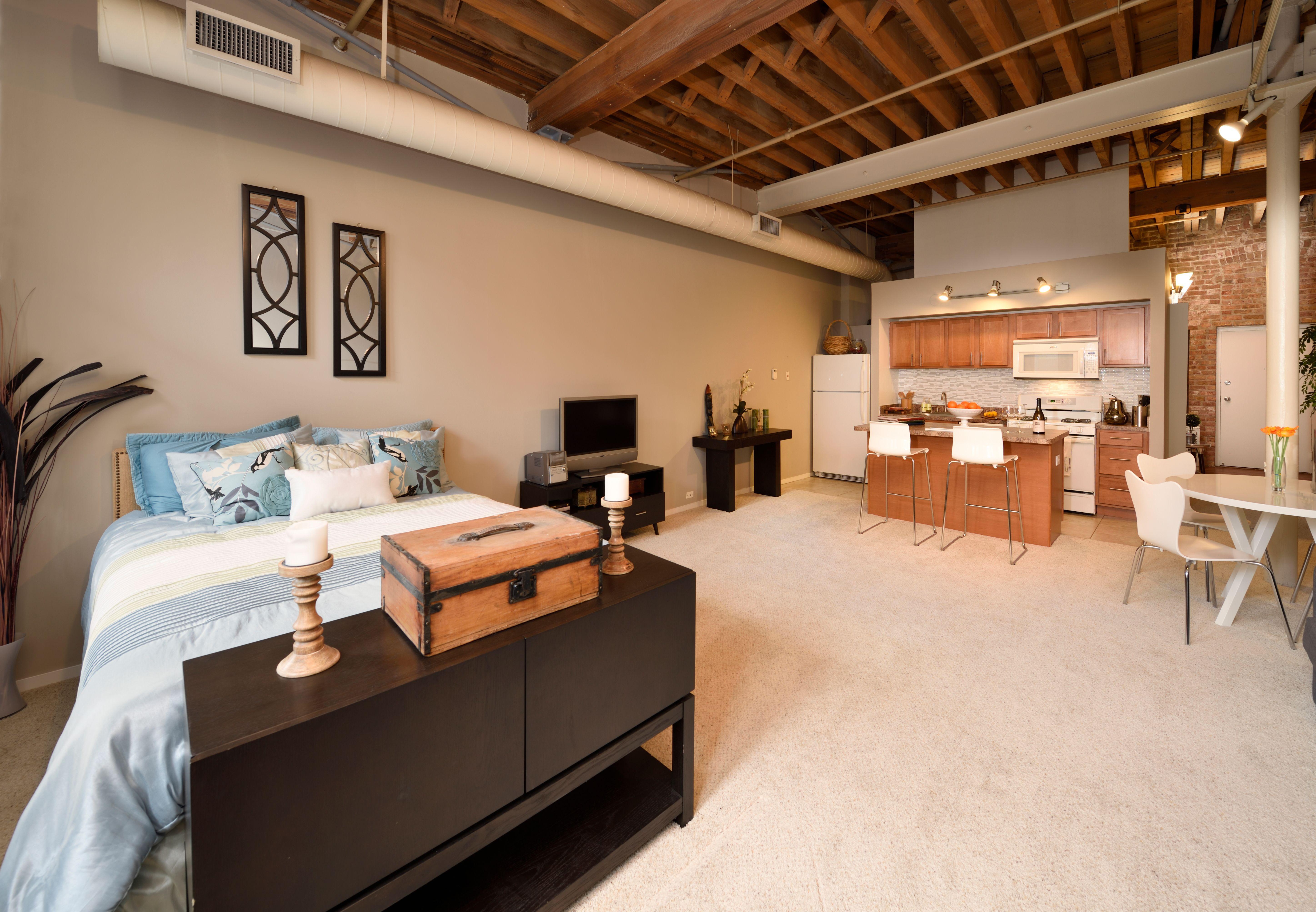 Cobbler Square Loft Apartments For Rent Chicago Loft Apartment Lofts For Rent Apartments For Rent