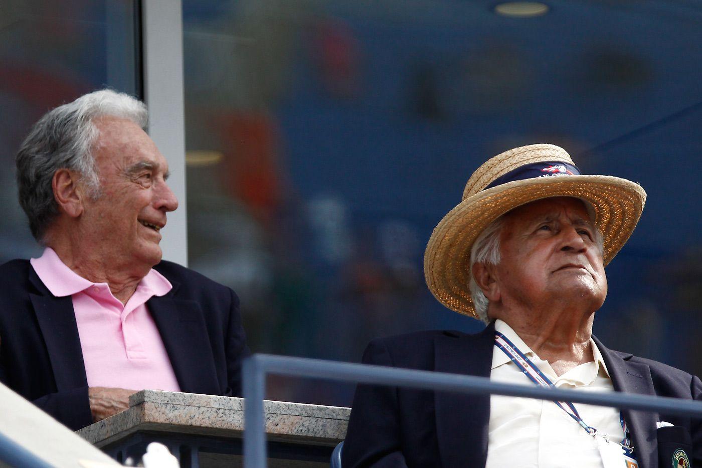 Vic Seixas and Pancho Segura appreciating some tennis in Arthur