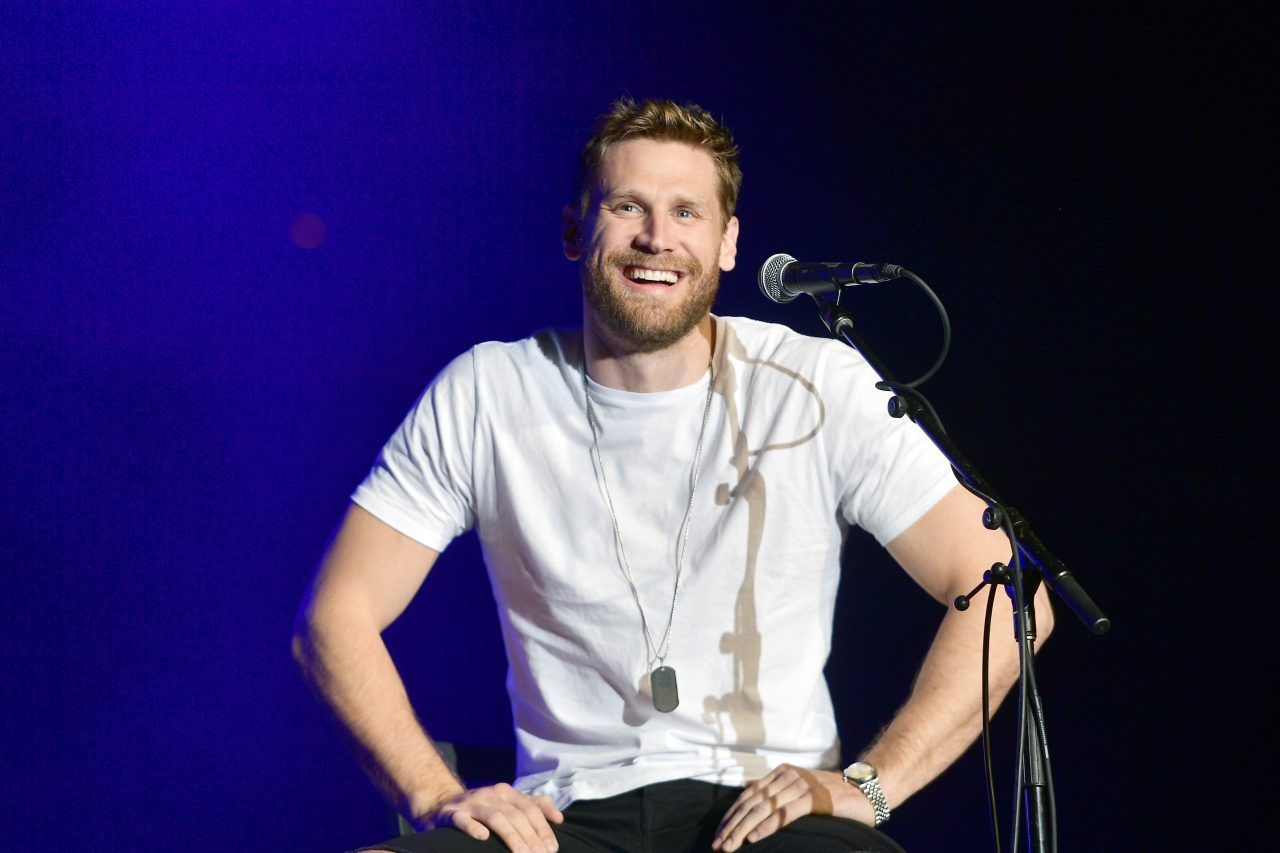 Eyes On You Becomes Second Week No 1 For Chase Rice In