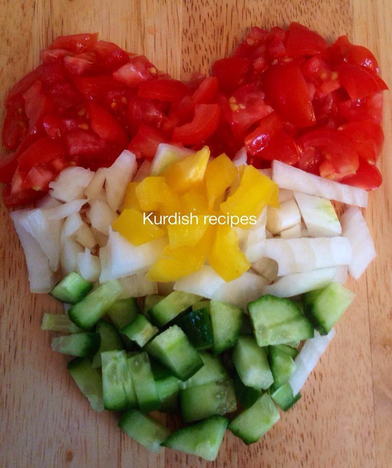 Salad/zalata Basic salad made in the shape of a