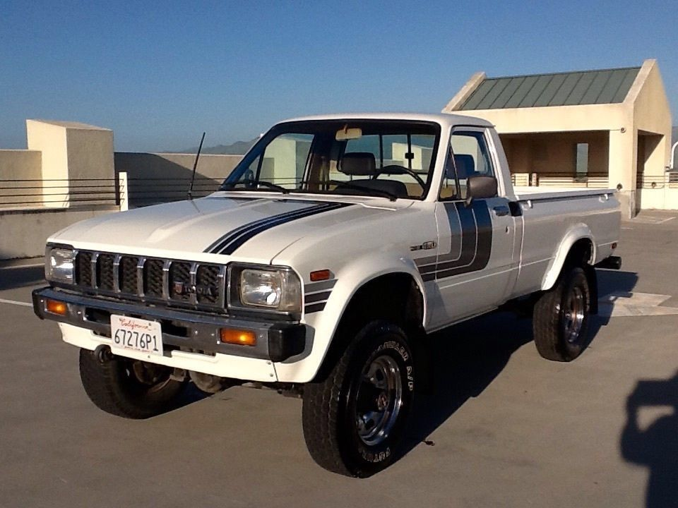 1982 toyota sr5 cars toyota trucks toyota pickup 4x4. Black Bedroom Furniture Sets. Home Design Ideas