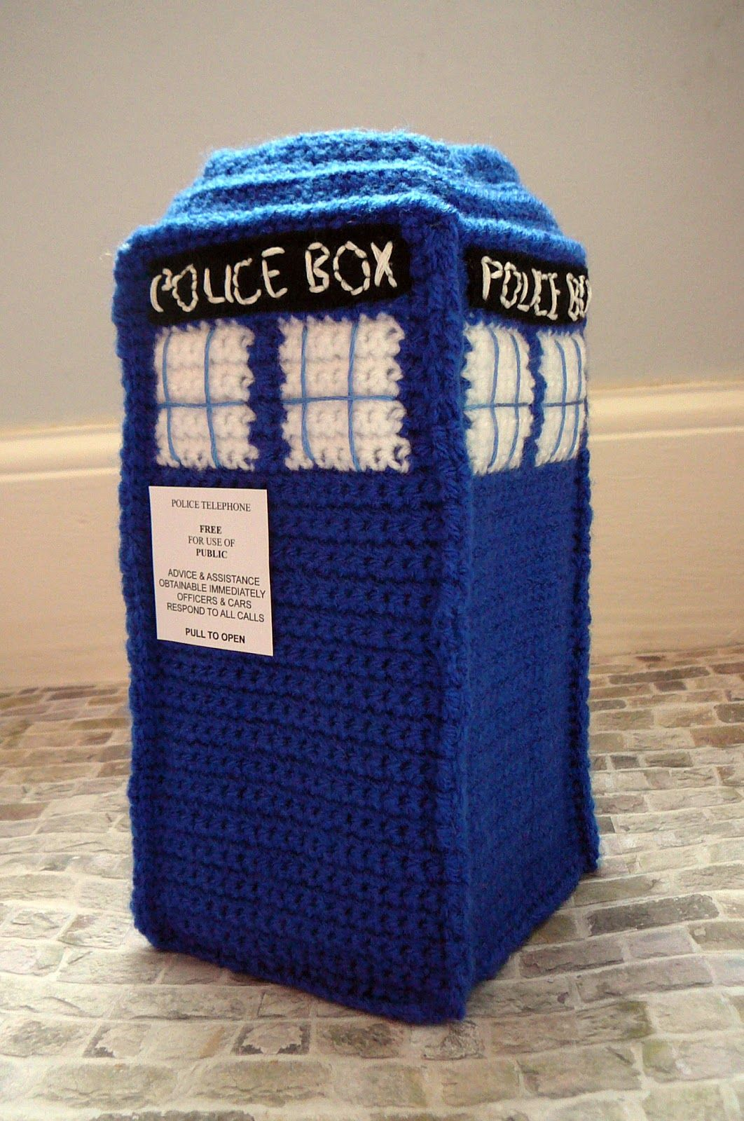Crocheted TARDIS- made from a brilliant pattern by Sara Kitchen ...