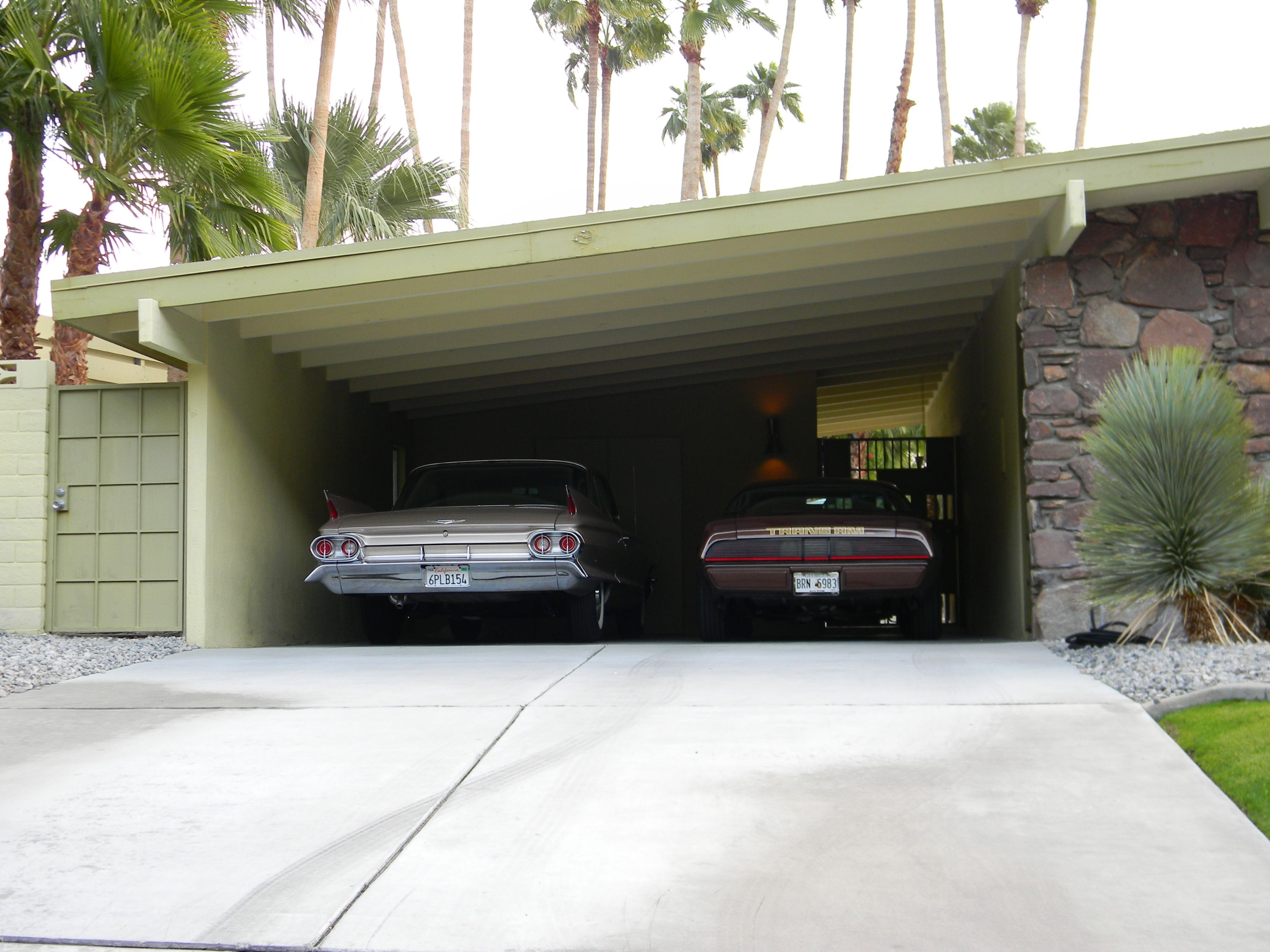 Digging these cars in the carport of a Palm Springs Mid ...