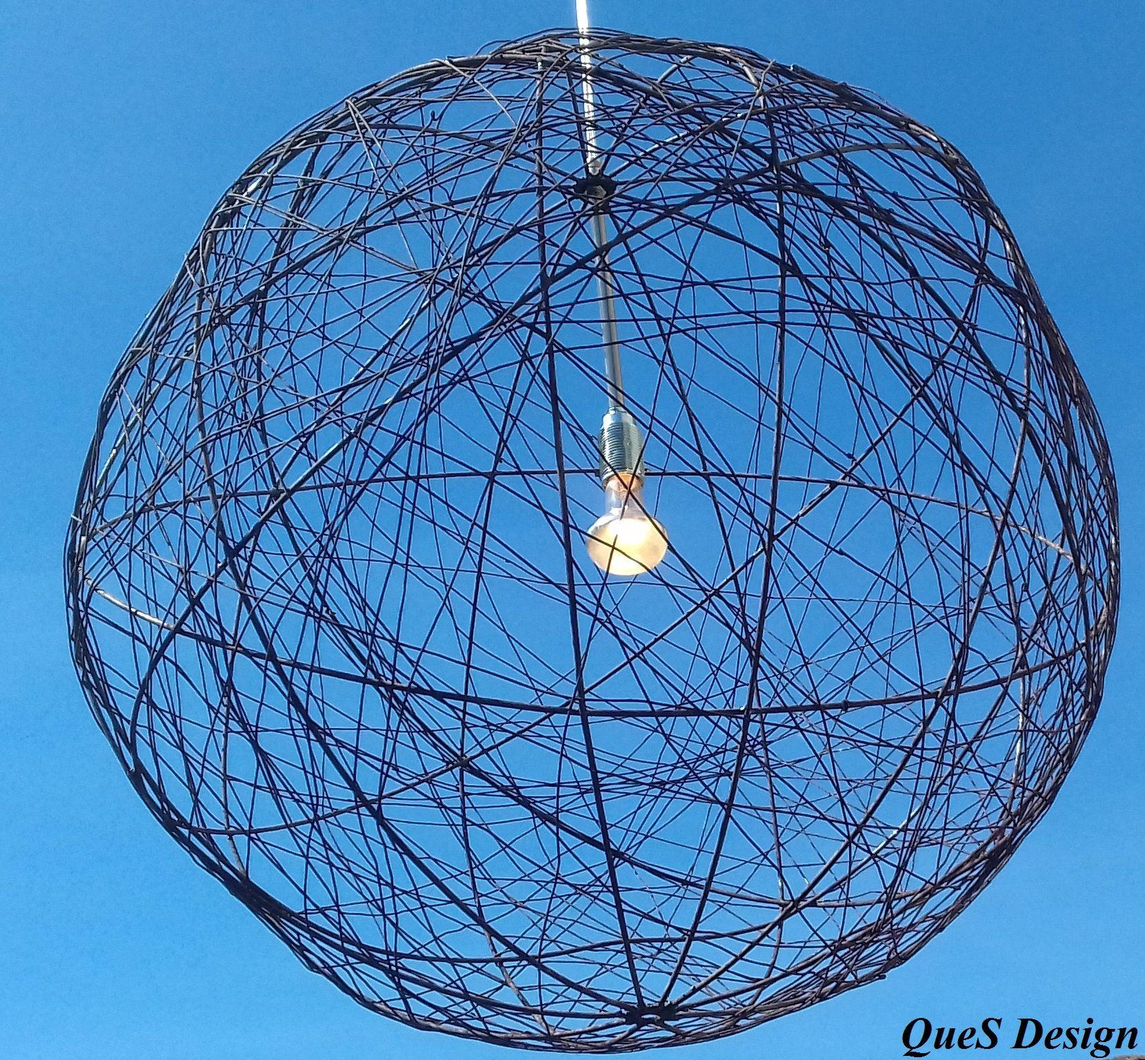 Steel ball big Ronde stalen hangende bol met een doorsnee van 60 cm ...
